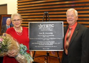 TSTC Regent Joe Gurecky and wife Doris Gurecky