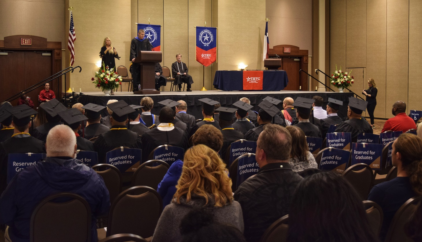 TSTC in North Texas Holds Fall Commencement